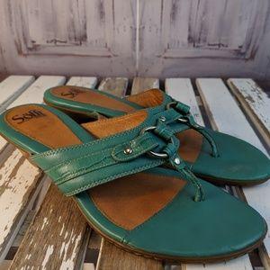 sofft sandal womens shoes flip flop heeled 9 9M le